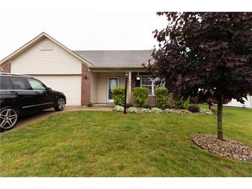 Photo one of 778 Preakness Dr Greenwood IN 46143 | MLS 21789449