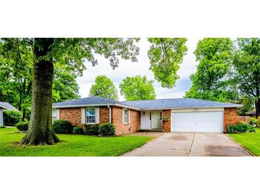 Photo one of 4480 Chapel Dr Columbus IN 47203 | MLS 21789522