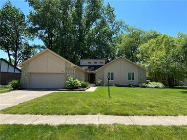 Photo one of 708 Saint James Pl Noblesville IN 46060 | MLS 21789685