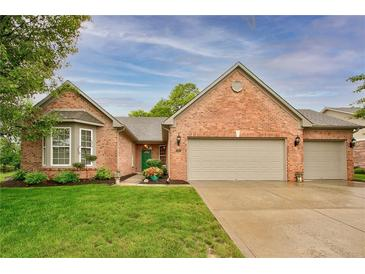Photo one of 9626 N Mariners Crst McCordsville IN 46055   MLS 21789743
