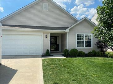 Photo one of 11814 Fawn Crest Dr Indianapolis IN 46235 | MLS 21789925