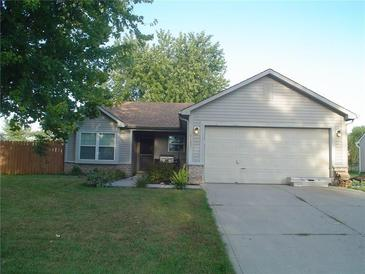 Photo one of 4105 Magnolia Dr Franklin IN 46131   MLS 21790000