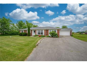 Photo one of 247 N 150 W Greenfield IN 46140 | MLS 21790658