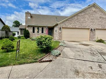Photo one of 120 Mackinac Ct Indianapolis IN 46227 | MLS 21790783