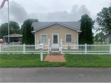 Photo one of 639 S Crawford St Martinsville IN 46151 | MLS 21790985