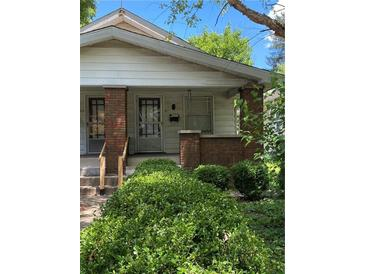 Photo one of 927 N Chester Ave Indianapolis IN 46201 | MLS 21793489