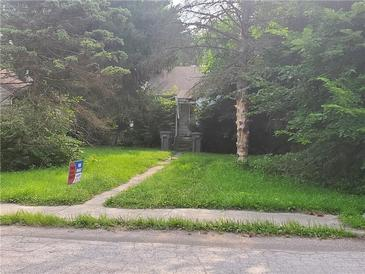 Photo one of 1617 N Bosart Ave Indianapolis IN 46218   MLS 21796883