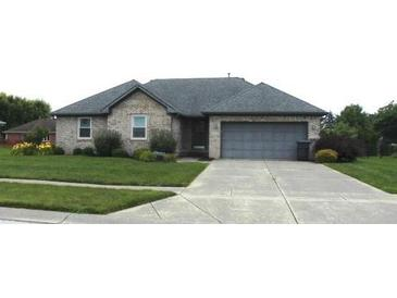 Photo one of 433 David Dr Greenwood IN 46142   MLS 21797251