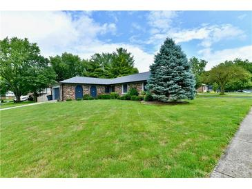 Photo one of 220 Heady Ln Fishers IN 46038 | MLS 21798434