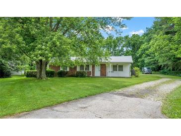 Photo one of 1111 E State Road 42 Mooresville IN 46158 | MLS 21798916
