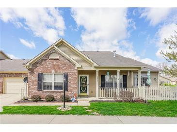 Photo one of 2635 Oneida Ln Indianapolis IN 46217   MLS 21799067