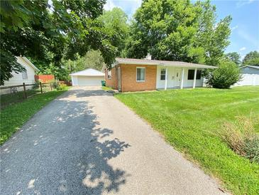 Photo one of 656 S Alpha Ave Brownsburg IN 46112 | MLS 21799088