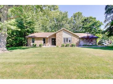 Photo one of 711 Shady Creek Dr Greenwood IN 46142   MLS 21799098