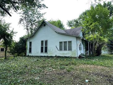 Photo one of 1033 W Lincoln St Danville IN 46122   MLS 21799107