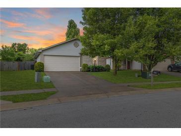 Photo one of 5408 Cliff Ridge Dr Indianapolis IN 46217 | MLS 21799162