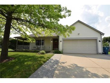 Photo one of 5924 Staffordshire Cir Indianapolis IN 46254   MLS 21799404