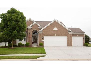 Photo one of 758 King Fisher Dr Brownsburg IN 46112 | MLS 21799486