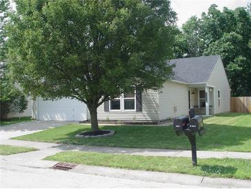 Photo one of 6904 Minnow Dr Indianapolis IN 46237 | MLS 21799554