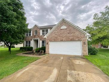 Photo one of 8041 Meadow Bend Ln Indianapolis IN 46259 | MLS 21799727
