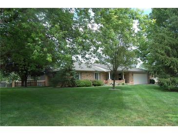 Photo one of 790 Padre Ln Greenwood IN 46143 | MLS 21799728
