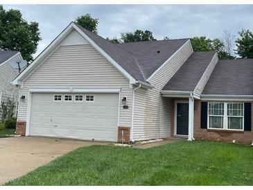Photo one of 7303 Oak Knoll Indianapolis IN 46217   MLS 21799788