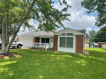 Photo one of 3391 Crescent Way Columbus IN 47203 | MLS 21799971