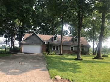 Photo one of 3078 W Hickory Woods Dr Greenfield IN 46140   MLS 21800407