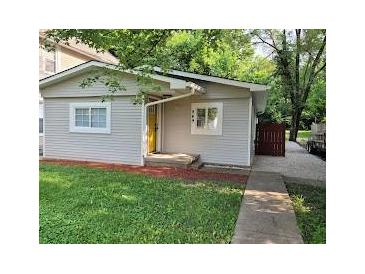 Photo one of 949 W 32Nd St Indianapolis IN 46208 | MLS 21800497