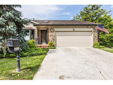 Photo one of 8440 Quail Hollow Rd # 11 Indianapolis IN 46260 | MLS 21806109