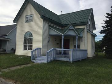 Photo one of 902 W Main St Greenfield IN 46140   MLS 21808900