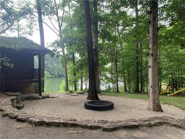 Photo one of 3565 Whippoorwill Lake N Dr Monrovia IN 46157   MLS 21809579