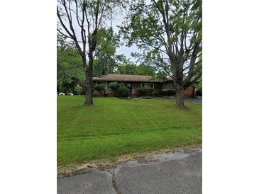 Photo one of 4410 Chatham Pl Indianapolis IN 46226   MLS 21810655