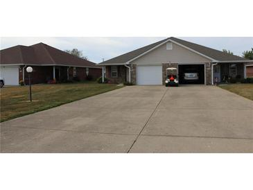Photo one of 1015 Plaza Dr Martinsville IN 46151   MLS 21811531