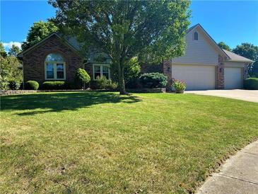 Photo one of 409 Kingsway Ct Mooresville IN 46158 | MLS 21811817