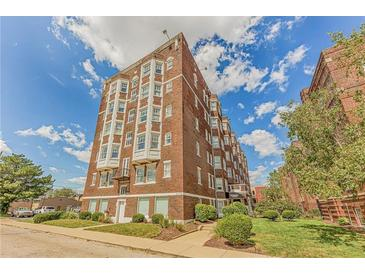 Photo one of 230 E 9Th St # 406 Indianapolis IN 46204 | MLS 21811978