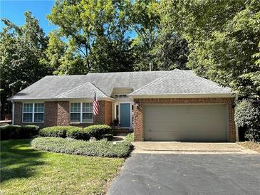 Photo one of 12053 Laurel Oak Dr Indianapolis IN 46236 | MLS 21812112