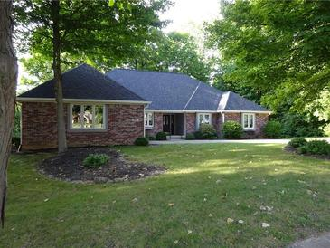Photo one of 8842 Classic View Dr Indianapolis IN 46217 | MLS 21812136