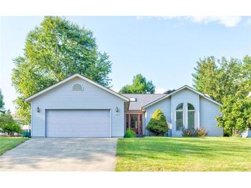 Photo one of 430 Oakbrook Dr Columbus IN 47201 | MLS 21812553