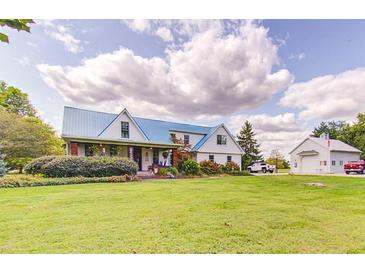 Photo one of 2547 S Miller Ave Shelbyville IN 46176 | MLS 21812661