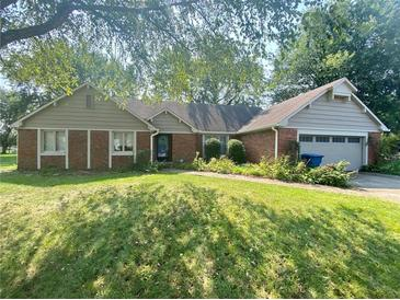 Photo one of 1615 Forward Pass Ct Indianapolis IN 46217 | MLS 21812812
