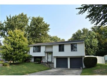 Photo one of 11114 Whistler Dr Indianapolis IN 46229 | MLS 21812820