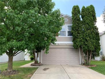 Photo one of 1284 Edgewater Dr Greenwood IN 46143 | MLS 21813140