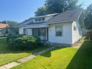 Photo one of 4301 Winthrop Ave Indianapolis IN 46205 | MLS 21813422