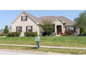 Photo one of 4724 Hanna Crossing Dr Plainfield IN 46168 | MLS 21813536