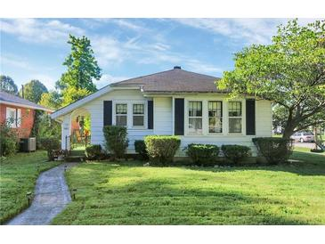 Photo one of 101 Fairfield Dr. Shelbyville IN 46176 | MLS 21815308