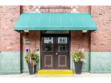 Photo one of 630 N College Ave # 207 Indianapolis IN 46204   MLS 21815768
