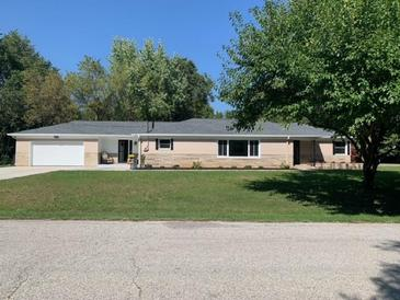 Photo one of 7002 Spring Mill Rd Indianapolis IN 46260   MLS 21815984