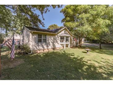 Photo one of 1202 W Countyline Rd Indianapolis IN 46217 | MLS 21816261