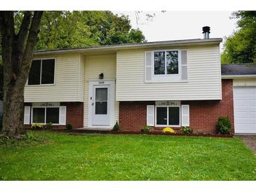 Photo one of 2608 N Sheffield Dr Indianapolis IN 46229 | MLS 21816971