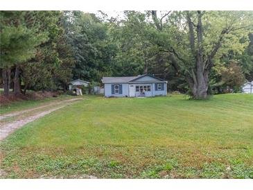 Photo one of 8125 State Road 39 Martinsville IN 46151   MLS 21816977